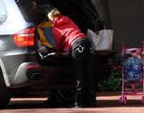 Jamie Lynn Spears leaves her sister's hotel in New Orleans [2009-03-04] x8 UHQ