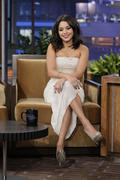 http://img107.imagevenue.com/loc550/th_201450848_Vanessa_Hudgens_The_Tonight_Show_With_Jay_Leno8_122_550lo.jpg