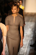 VB dresses Autumn/Winter 2013- collection Th_520066232_29_122_560lo