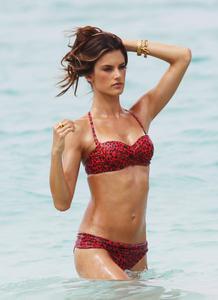 Alessandra Ambrosio photoshoot bikini Victorias Secret