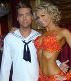 Kym Johnson Warren Sapp's partner from recent Dancing with the Stars: Foto 2 (Ким Джонсон Уоррен Сапп партнера из последних 'Танцы со звездами: Фото 2)