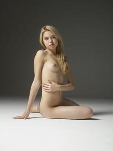 Margot - Young Spirit [Zip]657q45p0f1.jpg