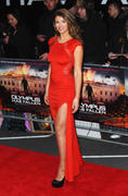 http://img107.imagevenue.com/loc97/th_537640336_AmyWillerton_olympus_has_fallen_uk_prem_025_122_97lo.jpg